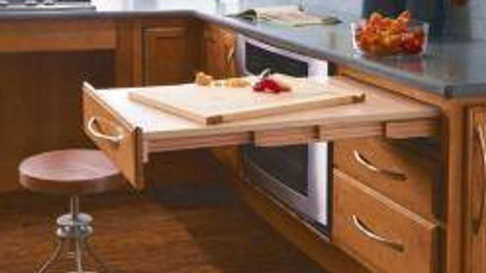 This table/work surface is comfortable for cooks of all physical abilities.