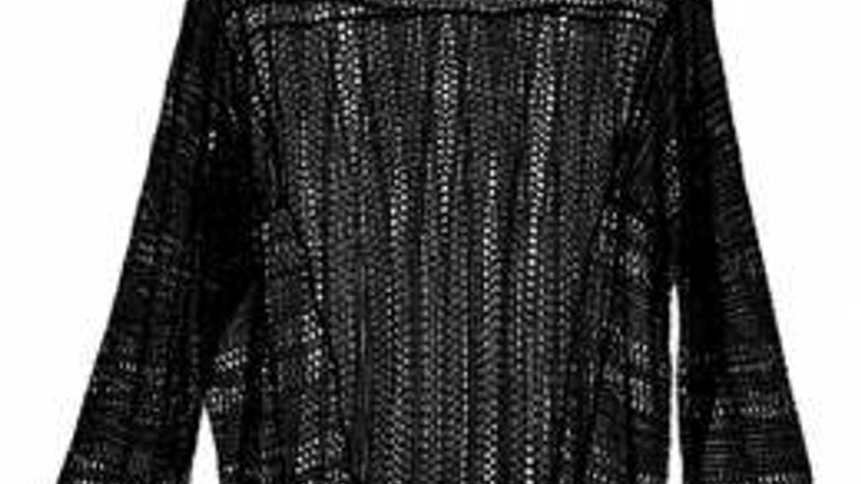 H&M oversize knit pullover with defined yoke. Wear with a camisole.