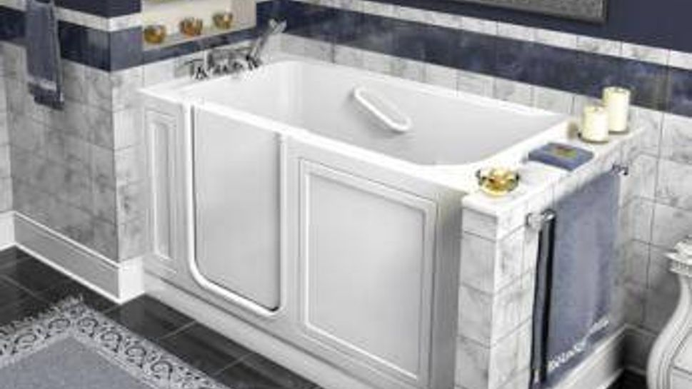 This tub has a pump-assisted drain feature that empties the bath quickly.