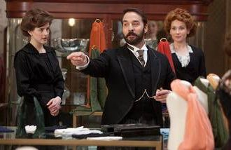 """Jeremy Piven plays the self-promoting """"Mr. Selfridge,"""" airing March 31 on PBS."""