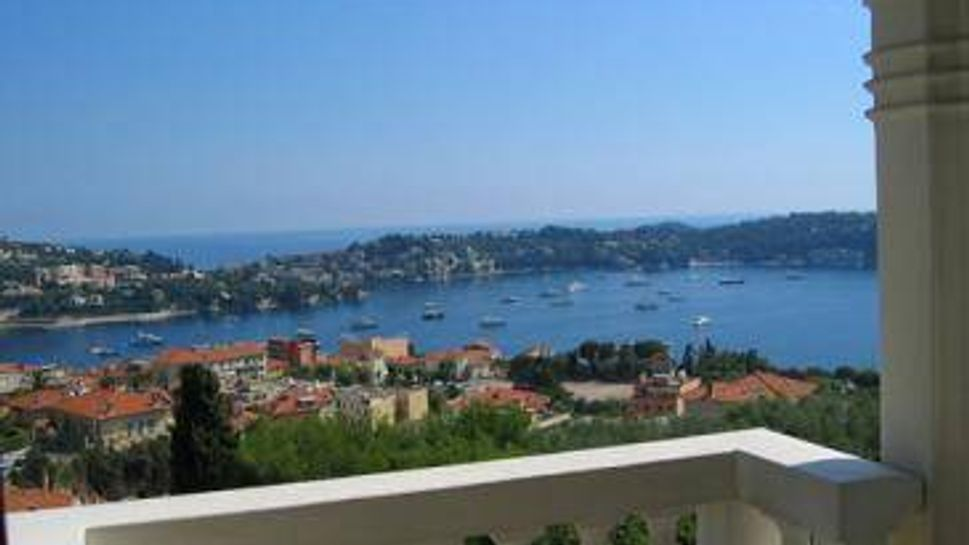 Learn French at the Institut de Francais in Villefranche-sur-mer, in France.