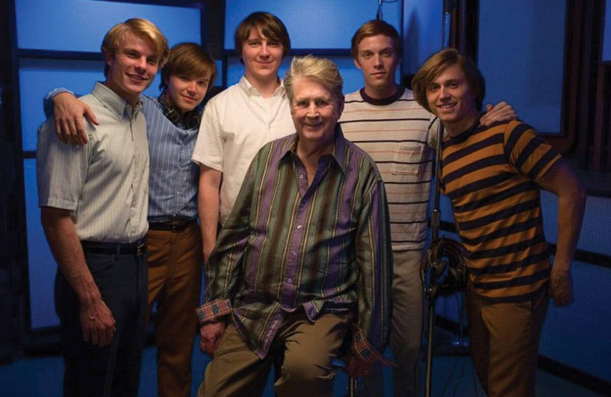 Brian Wilson with cast of Love & Mercy