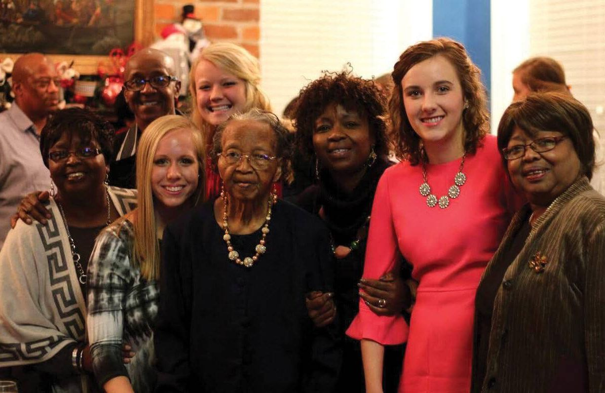 University of Alabama students work with older adults with Alzheimer's through Bringing Art to Life.