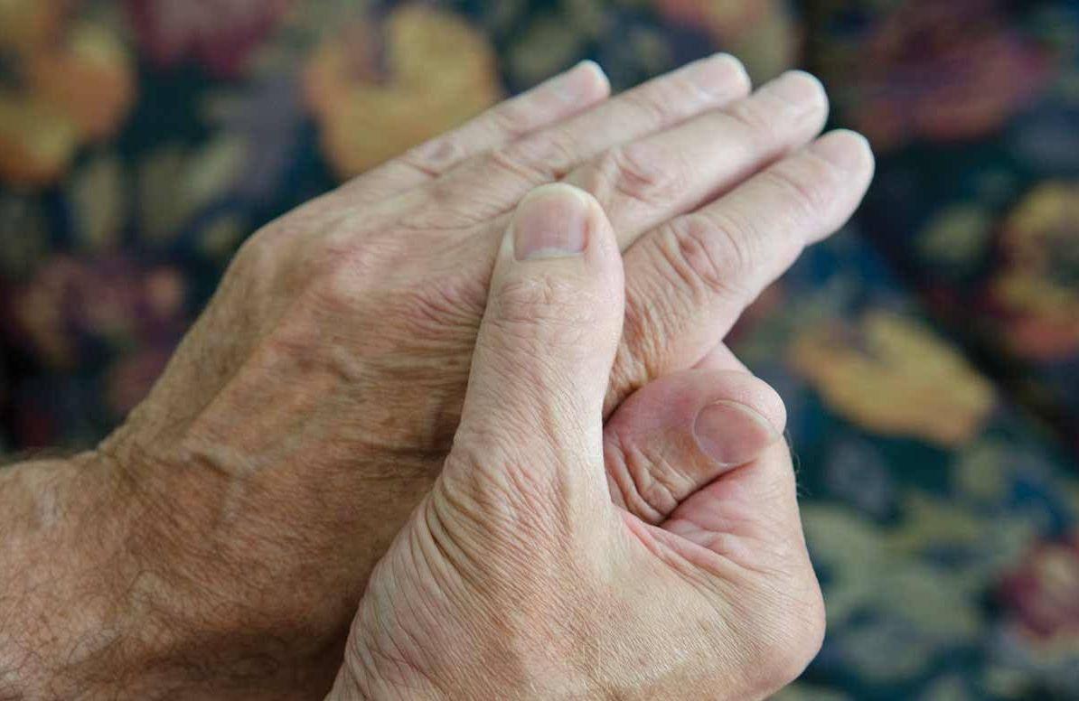 Shaky sore hands