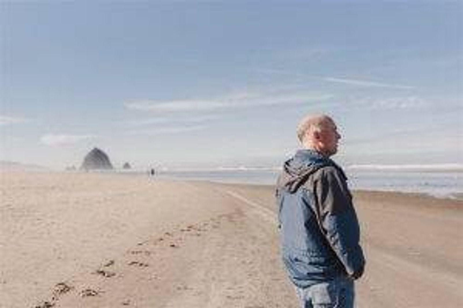 Mark Schmitt hiking in Oregon.