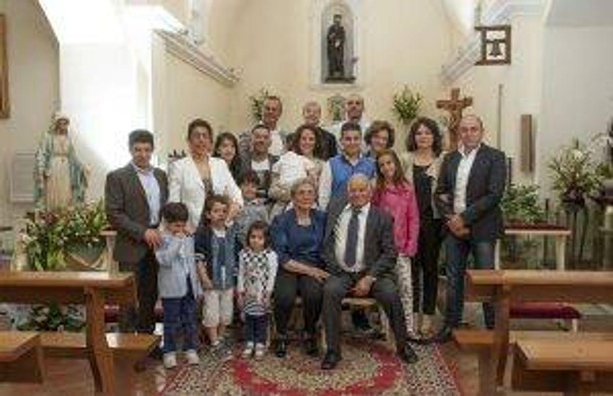 Gonario Murru and Maria Frau with their children and grandchildren