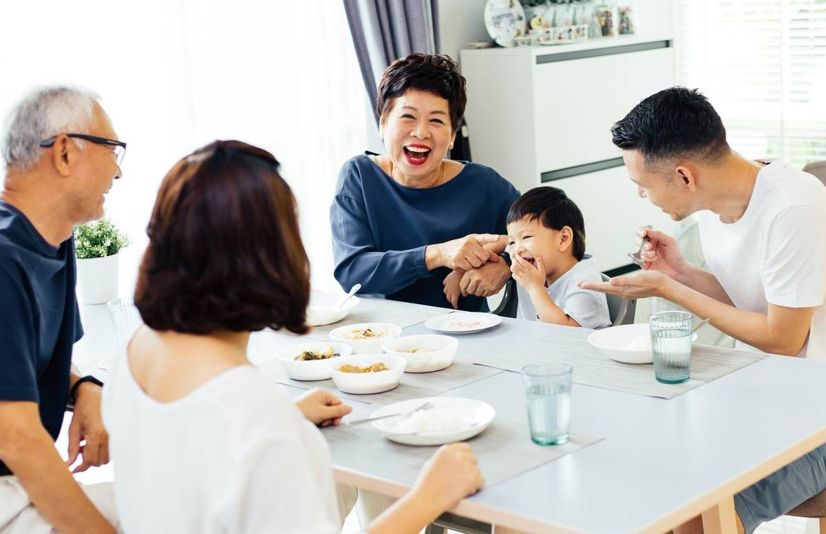 intergenerational family at home
