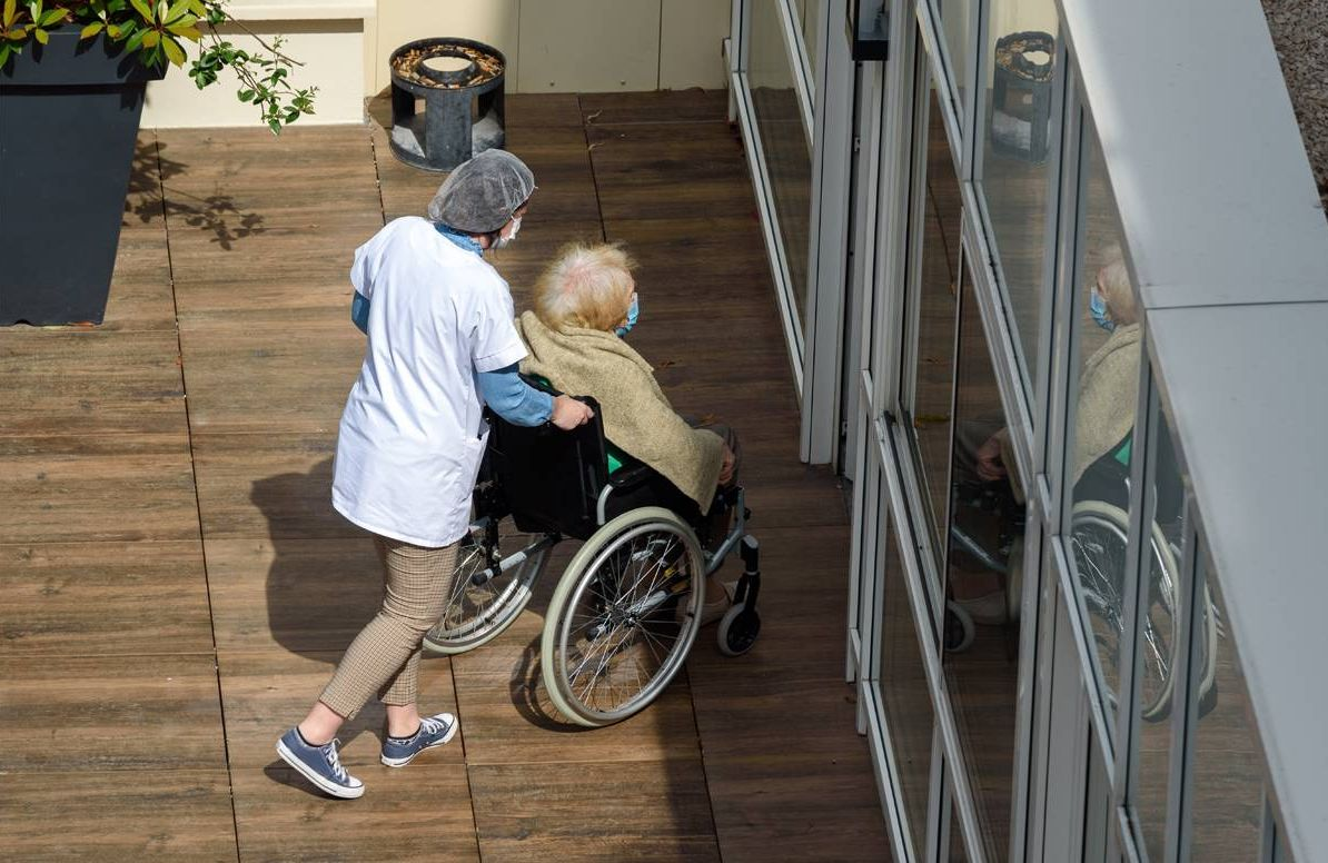 home health care worker and client