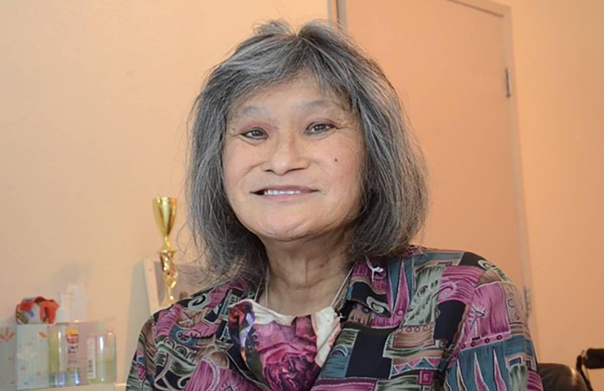 portrait of Jasmine Gee in her home