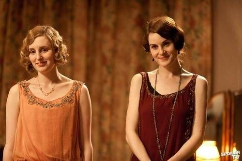 lady-edith-lady-mary-downton-abbey