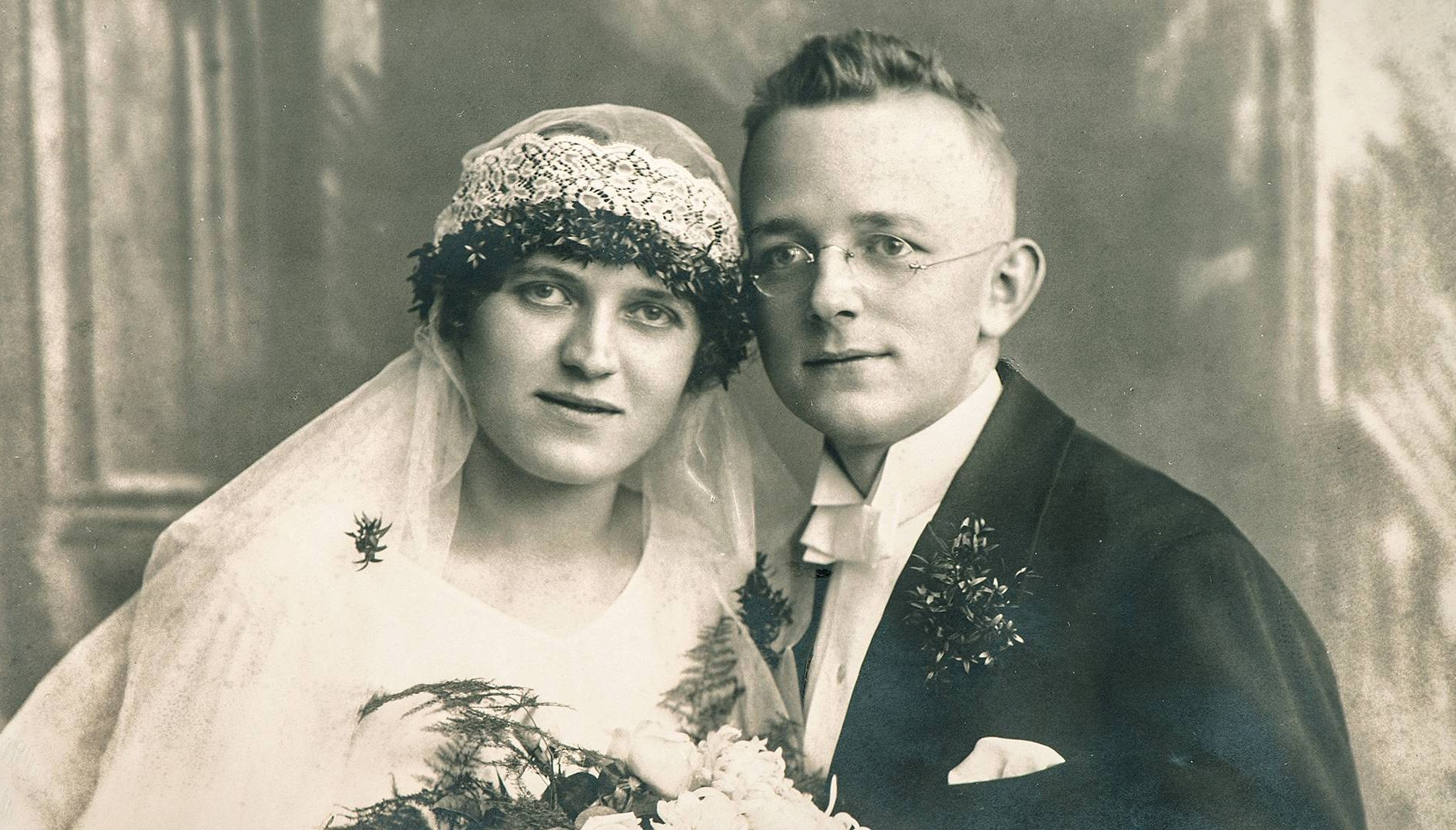 a vintage photo of a just married couple. rewire pbs love weddings covid